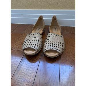 "Earth Shoes Size 9.5 ""Shore"""